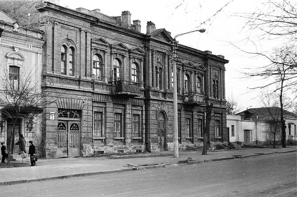 Пушкинская 2