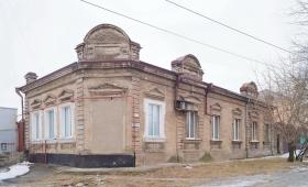 Дом Кирсановой